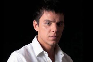 LUIS CORBACHO
