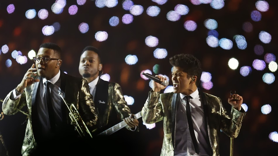 Super Bowl 2014 with Bruno Mars Rock With the Chili Peppers Watch