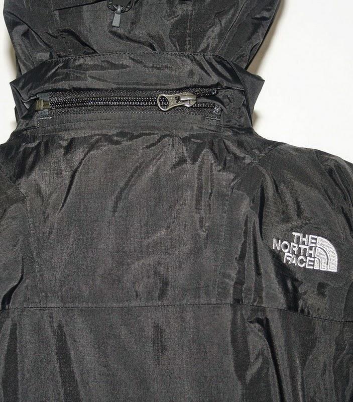 Jaket Gunung TNF BLAKESLIE CXP6