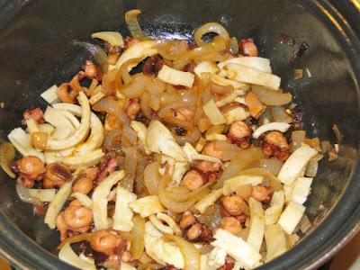 Octopus, pikante ui, pannekoek-reepjes