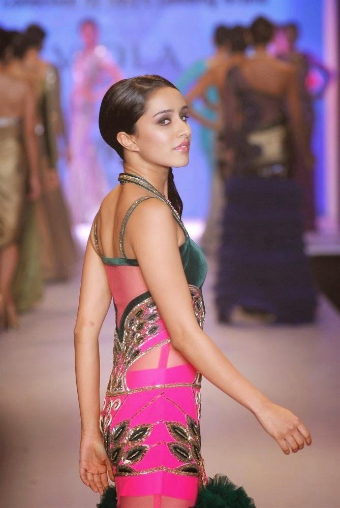 Shraddha Kapoor Hot Unseen Ramp Walk Photos