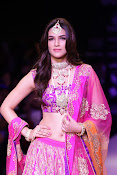 Kriti Sanon Latest Pictures at IIJW 2015-thumbnail-15