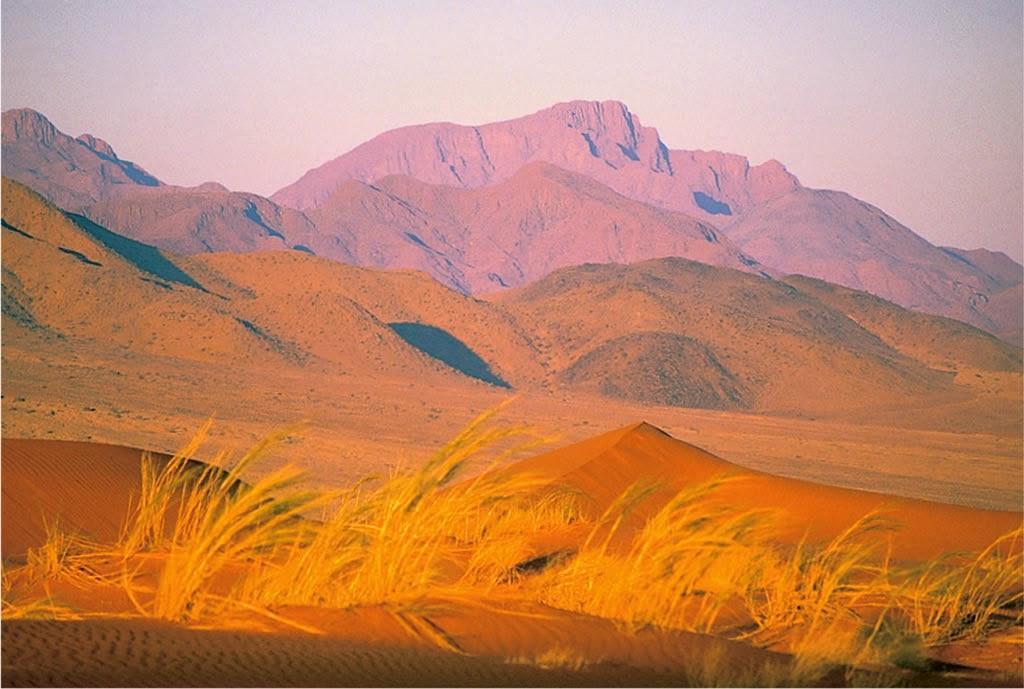 Wolwedans landscapes Namibia - www.namibweb.com