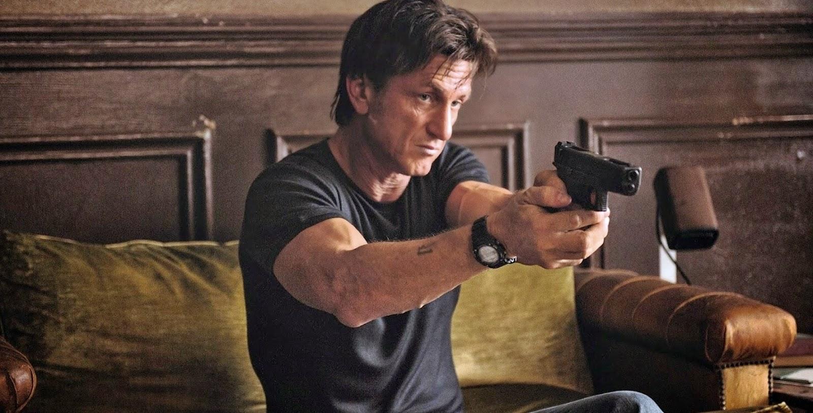 Assista aos clipes e featurette legendado da ação O Franco-Atirador, com Sean Penn e Javier Bardem