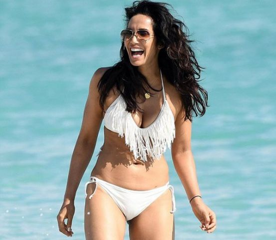 Padma Lakshmi Photo in Bikini
