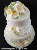 Bryllupskage med liljer