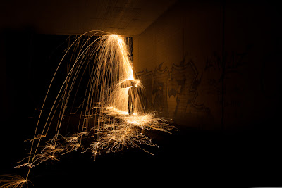Light Painting Rain by Simon Berger photography raining sparks Canon okokno