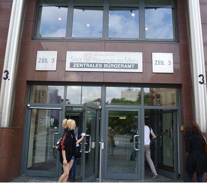 Desde frankfurt oficina de empadronamiento en frankfurt for Oficina de empadronamiento