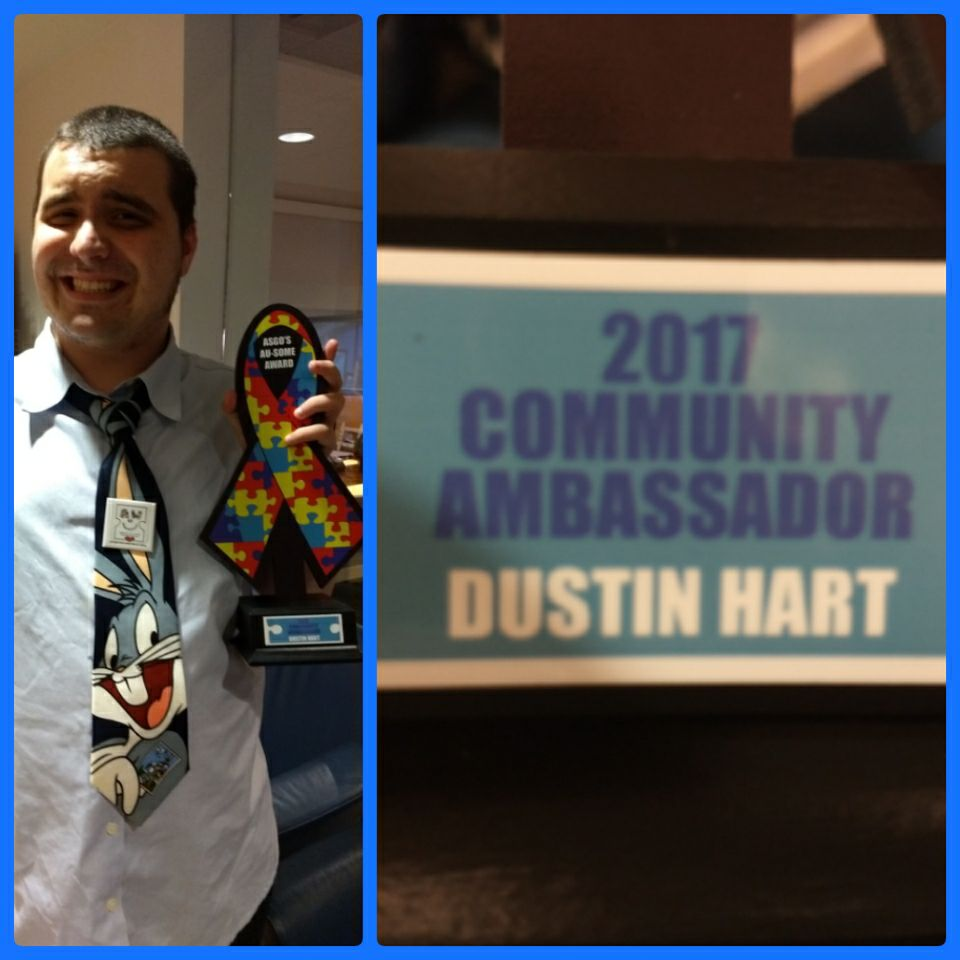 S.M.A.A.R.T.Mom's Dustin Receives Award!!!