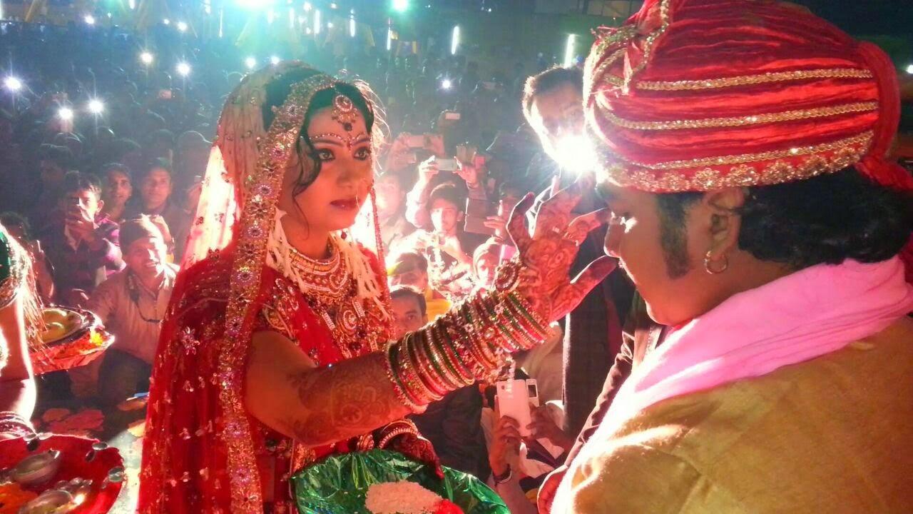 bhojpuri actor Pawan Singh And Neelam Jaimala Ceremony Pictures, photo, image 1
