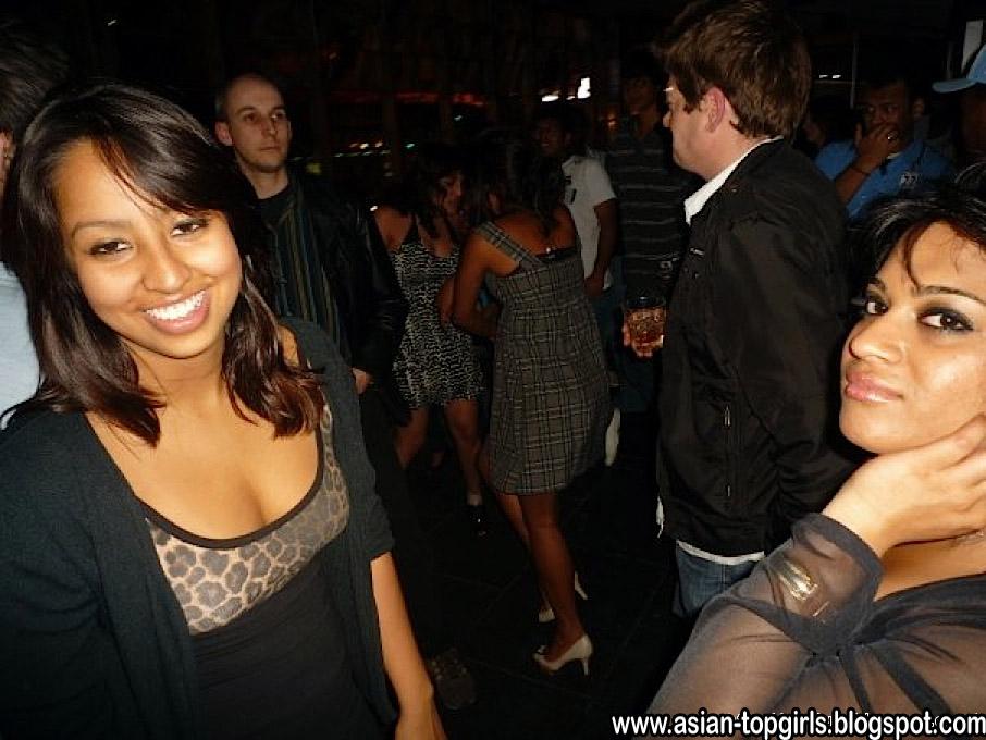 Sri lankan party girls