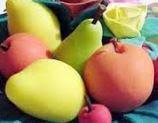 La rosa, la mela e la pera: sagome per oggetti pasta di sale