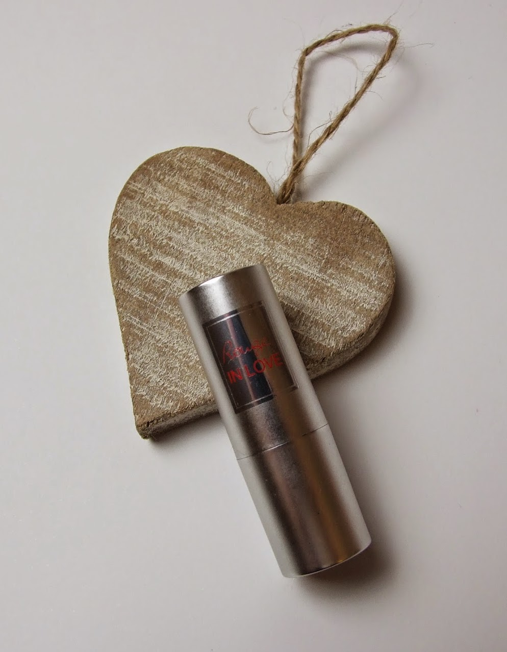 Lancome in love lipstick 379N swatch beauty blog review