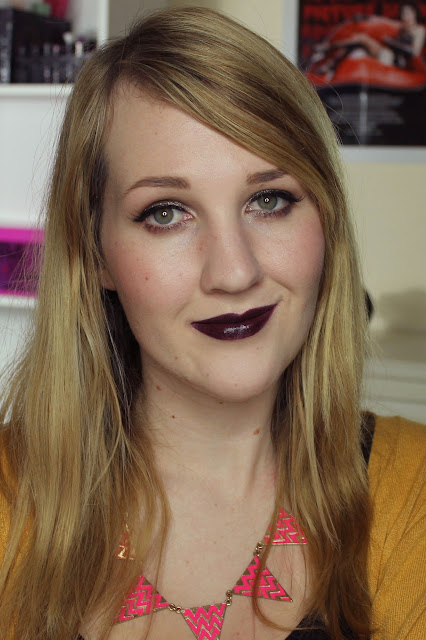 Makeup Revolution Amazing Lipstick - Black Heart Swatches & Review