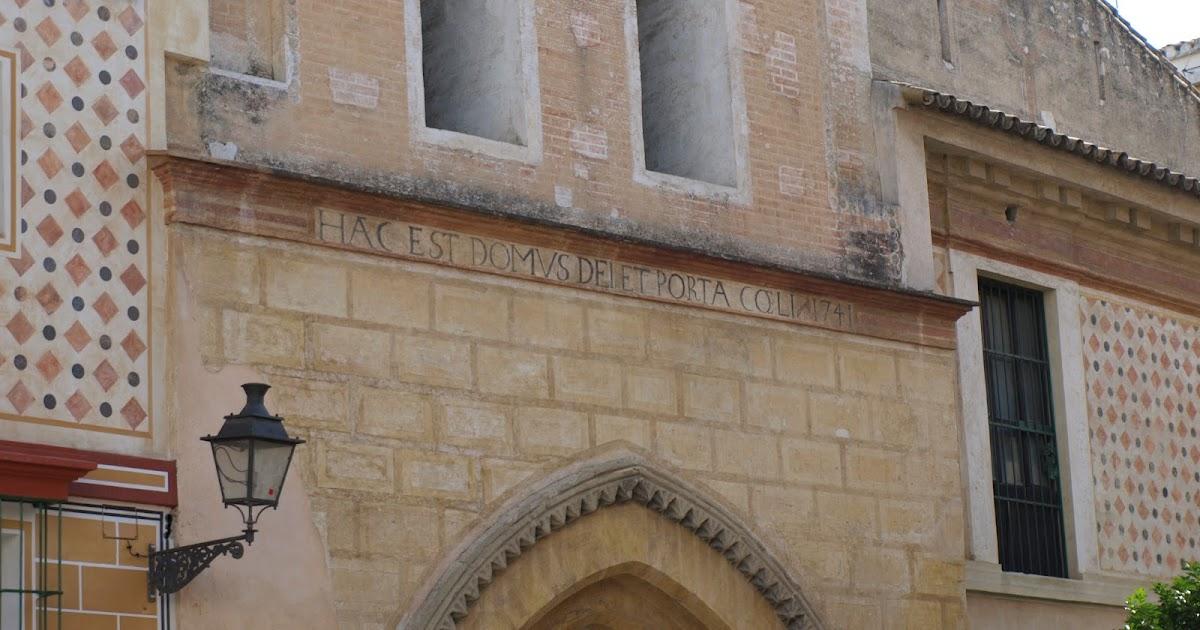 Sevilla Daily Photo: Porta Coeli.