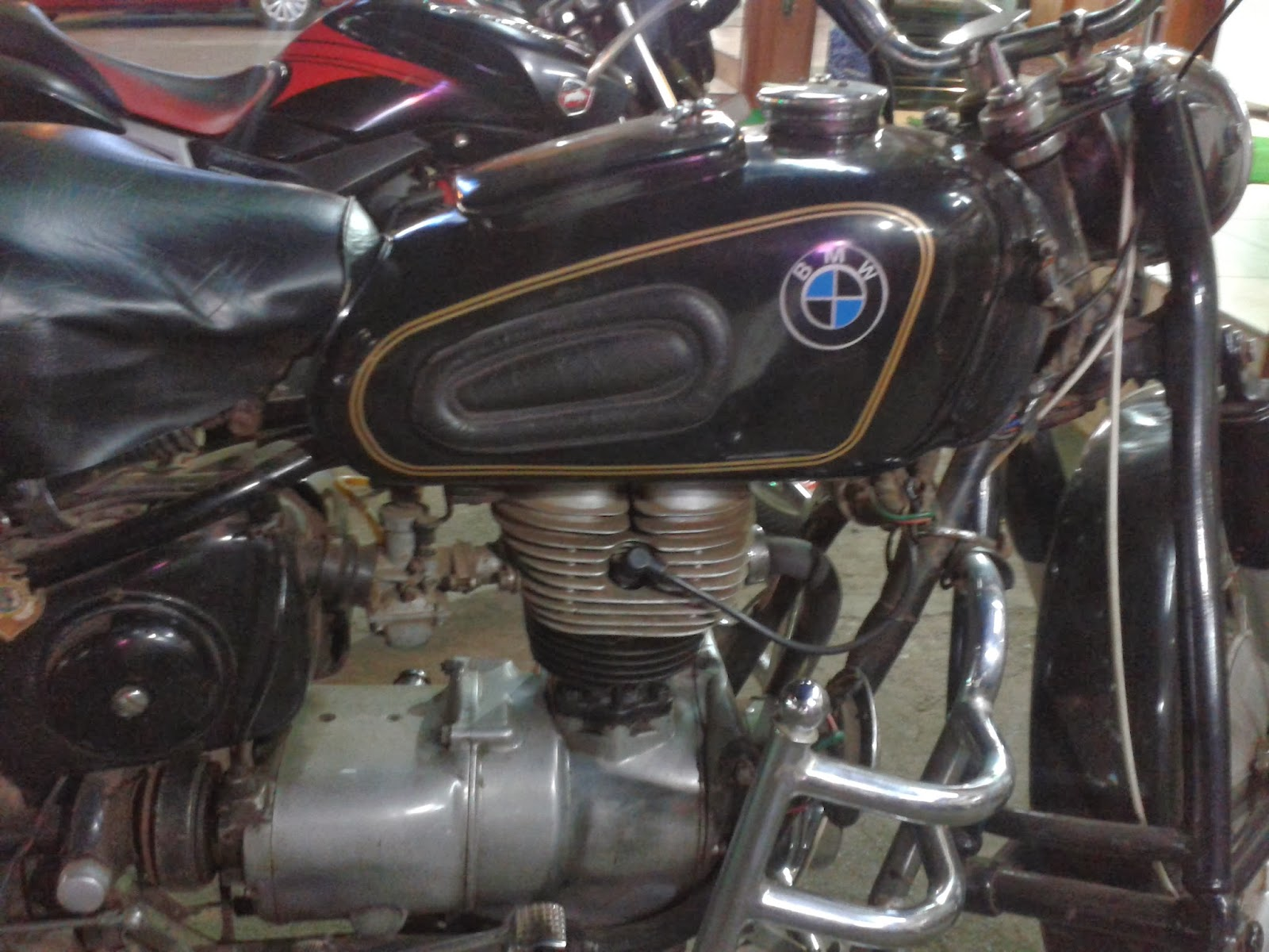 bmw classic motorcycle in India|bmw vintage motorcycles in India|bmw classic motorcycle in Kerala|bmw vintage motorcycle in Kerala| BMW vintage motorcycles in Thrissur| BMW classic motorbike in Thrissur| BMW R 27
