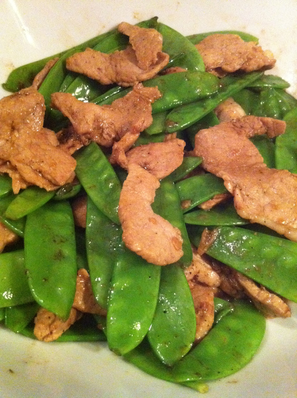 Home-made Cuisine: Stir-fried sugar snap peas with pork