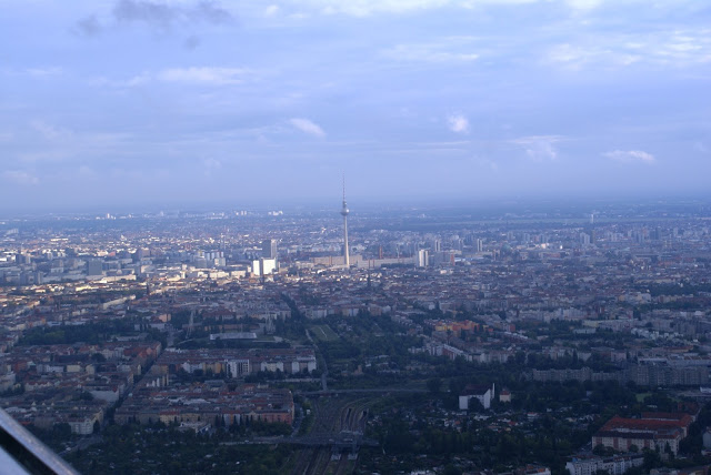 aerial Fernsehturm Mitte Berlin