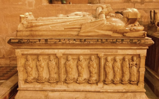 Sir John Giffard & Wives tomb at Brewood