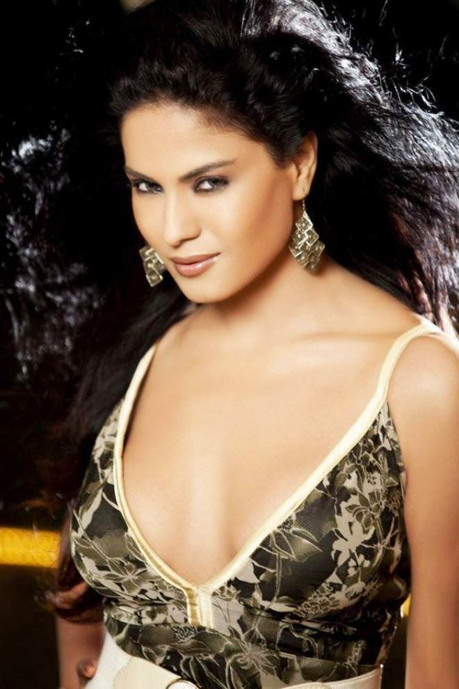 veena malik hot spicy photo