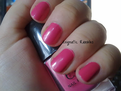 swatch-elf-eyes-lips-face-fluorescent-pink