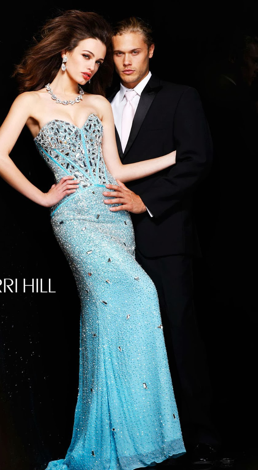Welcome to Fiesta Prom: Discover your Dream Dress for Less!: Sherri ...