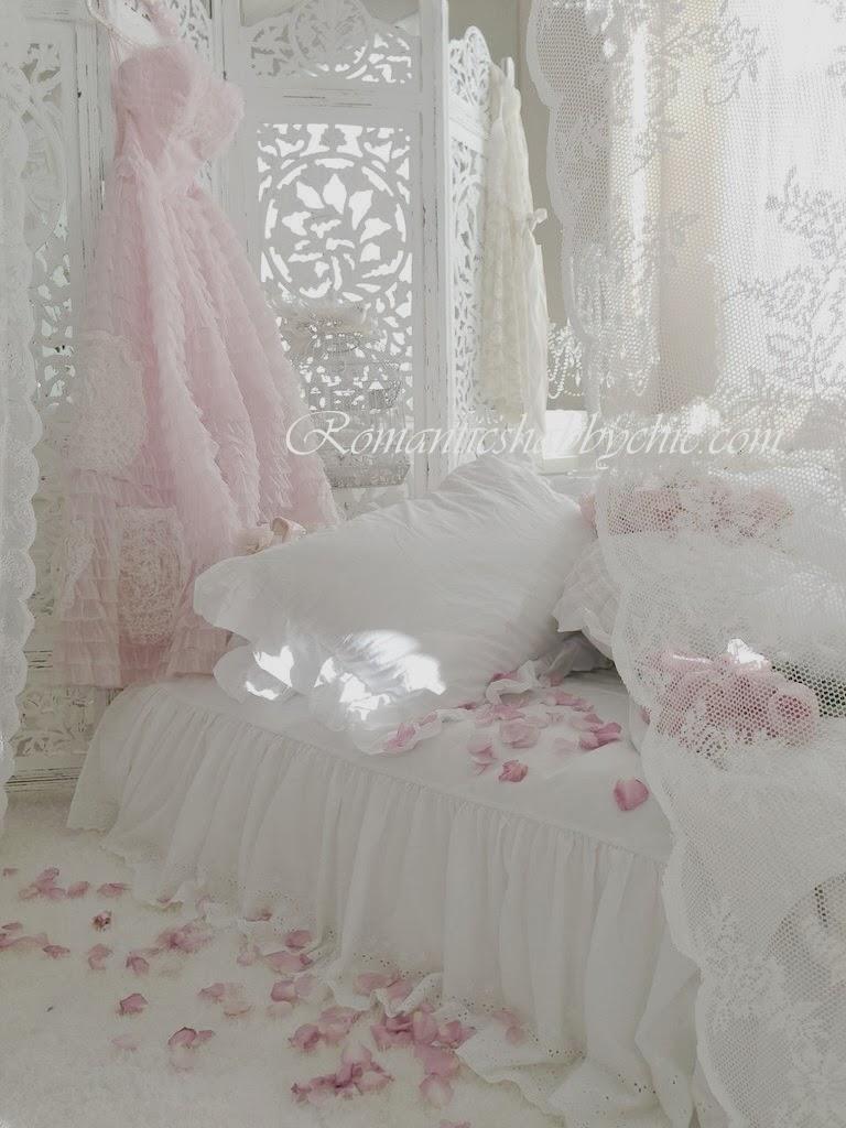 Romantic shabby chic home romantic shabby chic blog - Romantic Shabby Chic Dreamy Whites Ciceklerle Kalin