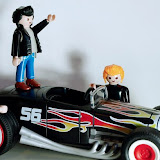 GREASE (AL ESTIL PLAYMOBIL)