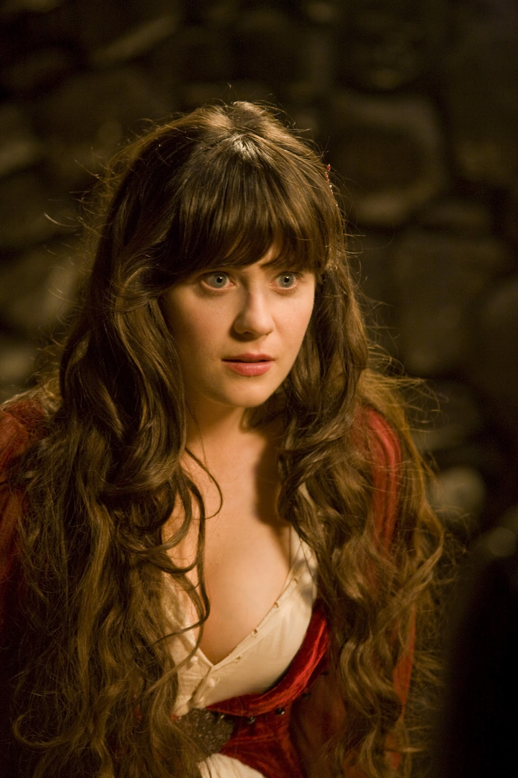 Zooey Deschanel Hot Facebook