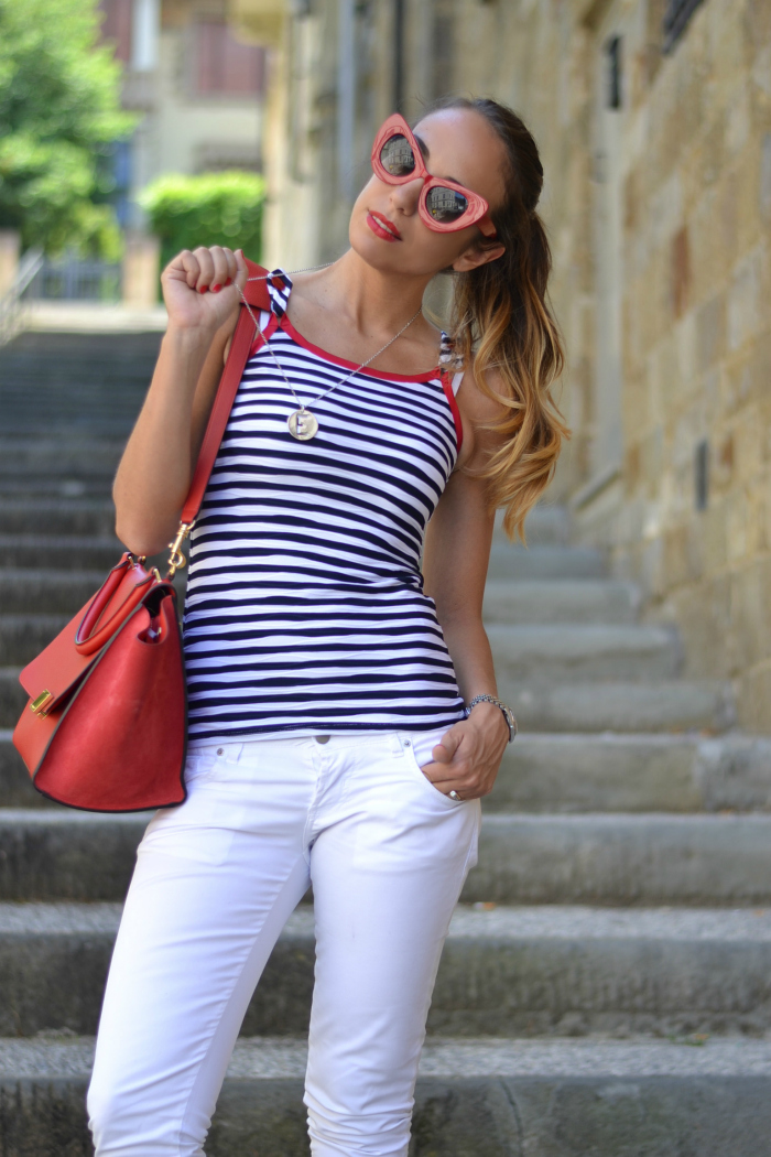 look bianco rosso blu