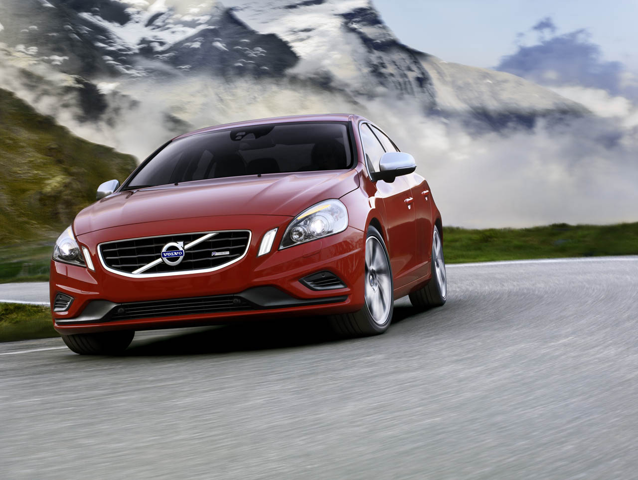 Volvo Boosts Power With R Design S60  XC60 2012   Auto Car
