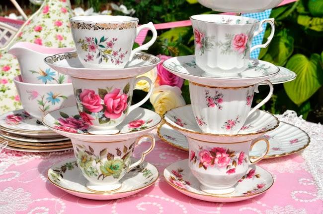 Decoraci n vintage restauraci n y recuperaci n vintage for Juego de tazas de te