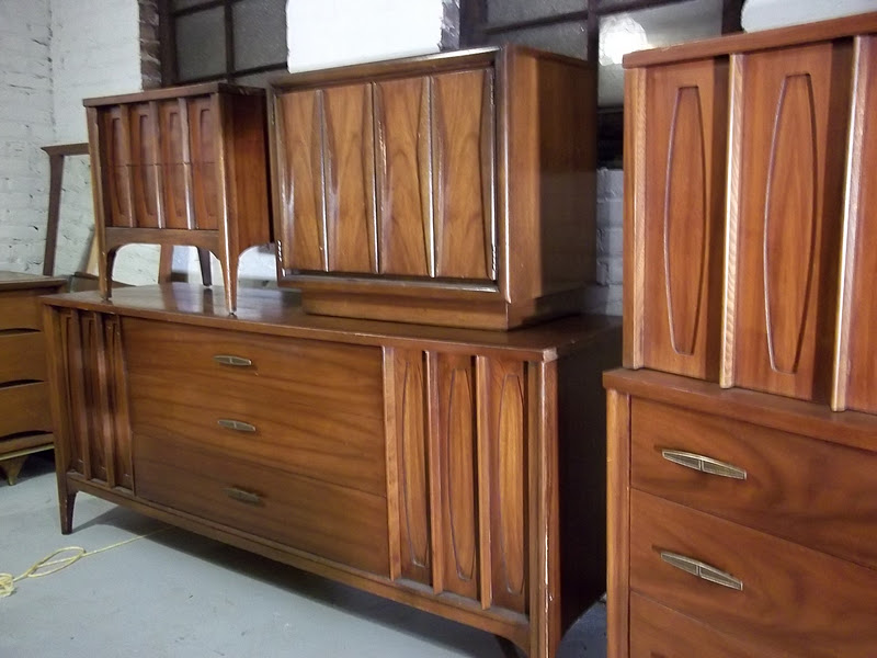 Kent coffey bedroom furniture