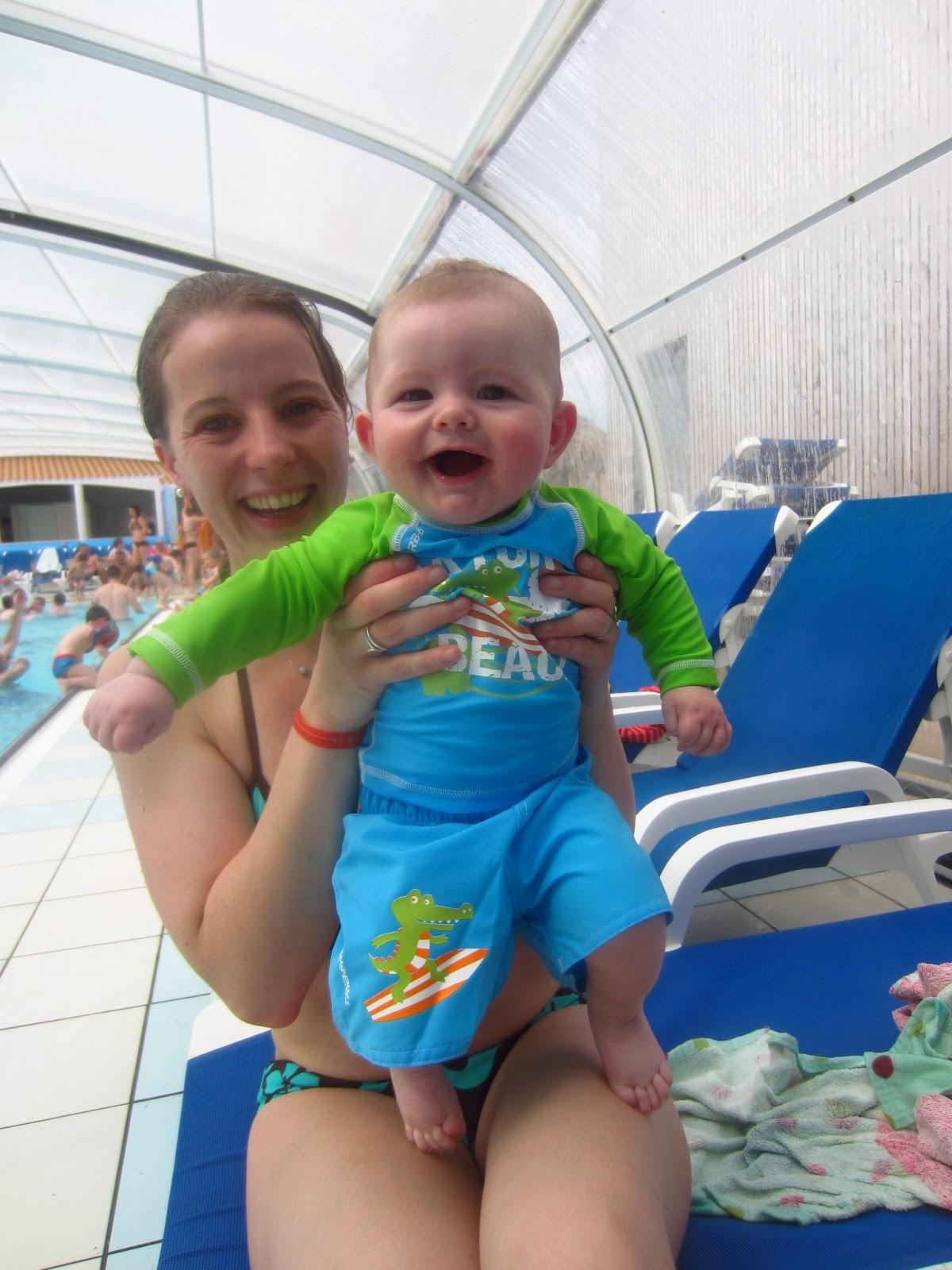 La famille vissaux la piscine for Piscine surzur