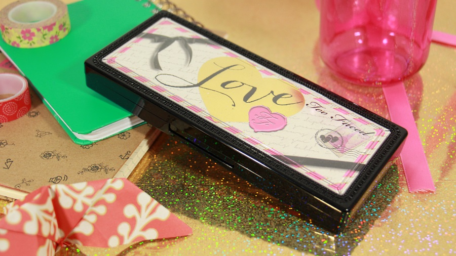 pacaging love palette too faced