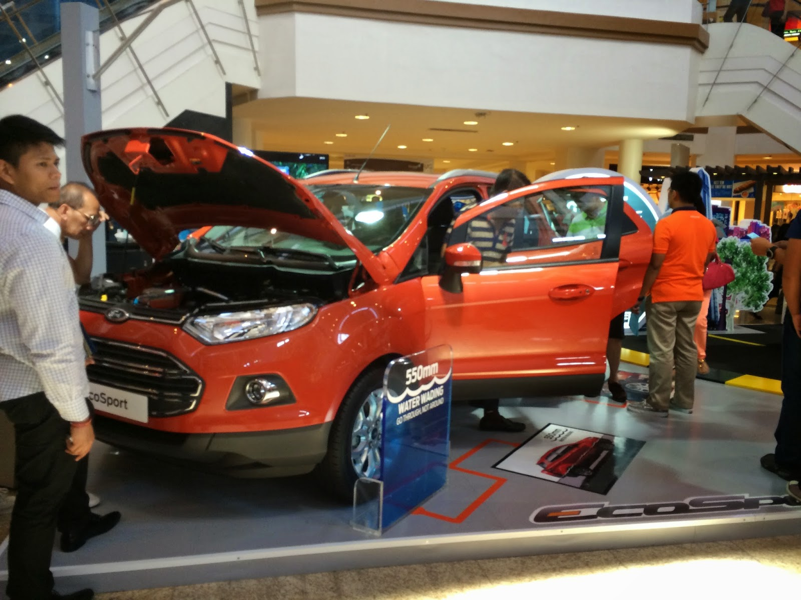 The ecosport when it first launched drew a crowd of people i have to admit that for a small suv it has very good road presence