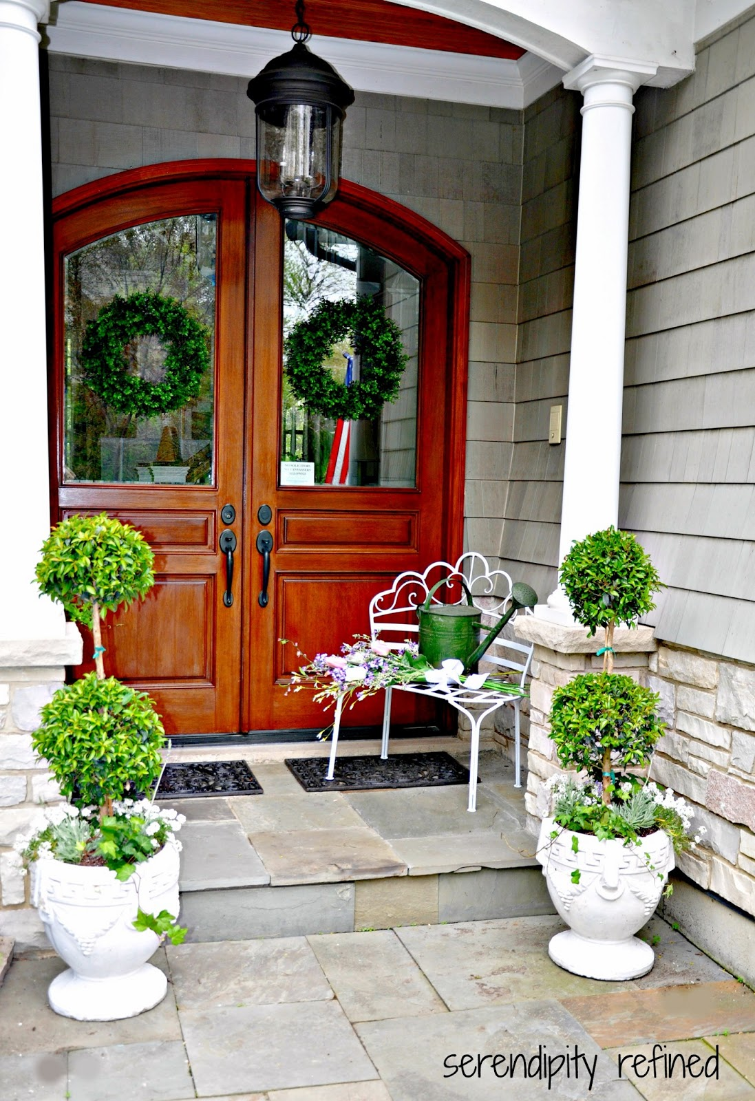 Serendipity refined blog summer urns and container for Front door garden ideas