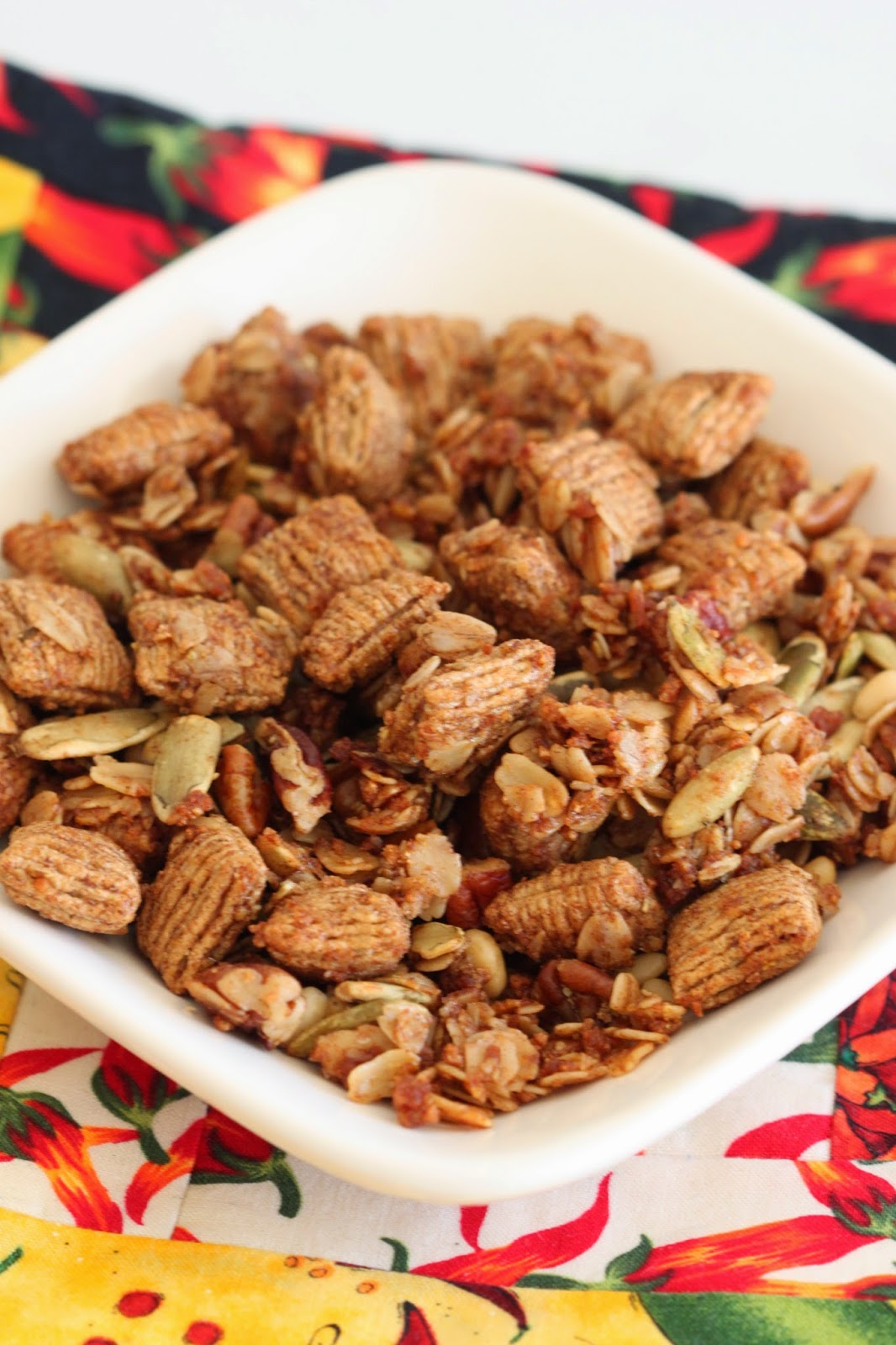 Cinnamon Anise Granola (Biscochito Granola) | Tortillas and Honey