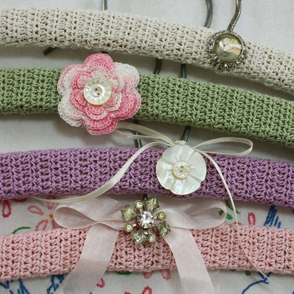 Crocheting On A Hanger : Wild Rose Vintage: Semi Vintage Crochet Hangers