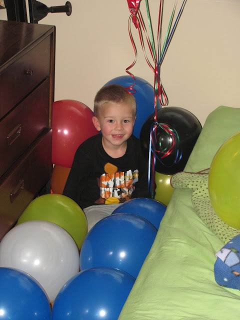 While D took his nap Kent and I filled his room with a bunch of balloons!