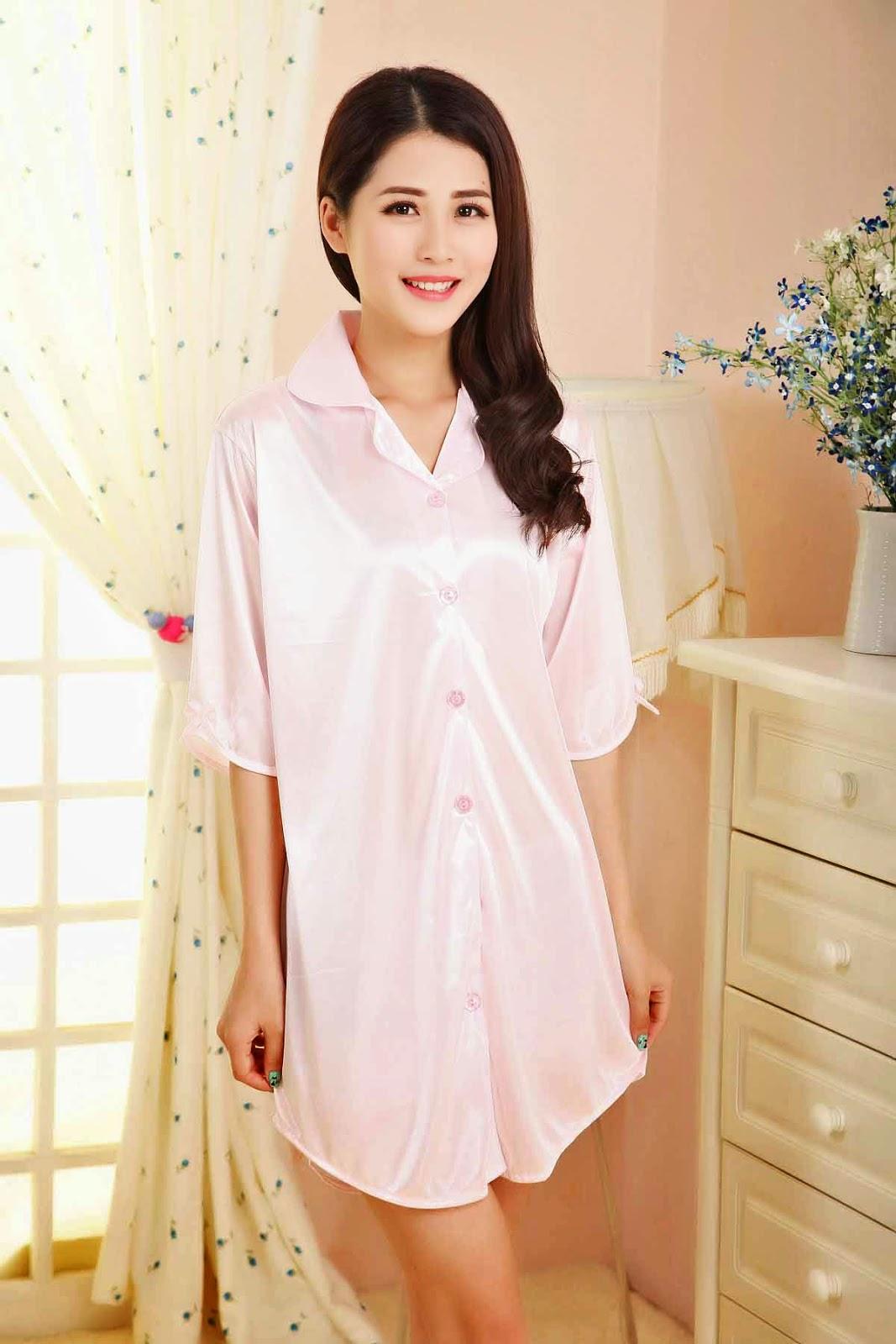 ชุดนอน แฟชั่นเกาหลีแบบเชิ้ตตัวยาวแขนสั้นผ้าซาตินใส่สบายสวย