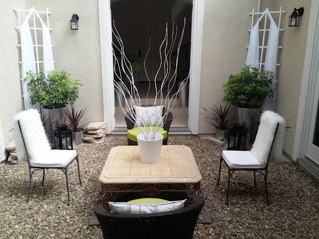 blog.oanasinga.com-interior-design-photos-decorating-our-own-house-the-courtyard-work-in-progress
