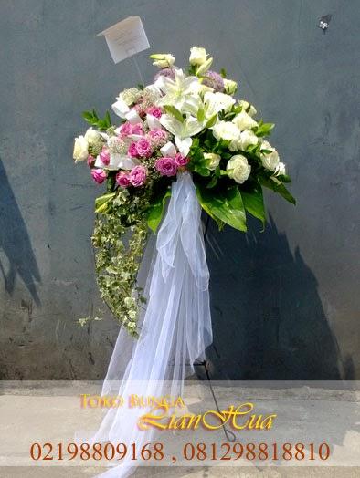 standing flowers, bunga kaki besi, bunga mawar untuk duka cita, toko bunga dijakarta barat