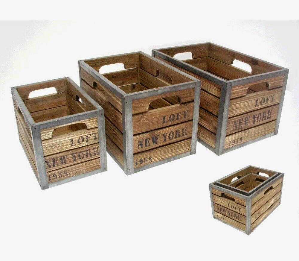 cajas de madera desgastada