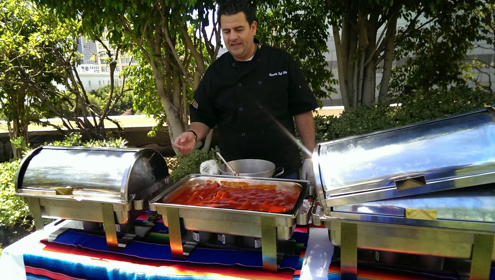 Las+Palmas+sauce Cinco De Mayo with Las Palmas and Chef Vicente del Rio