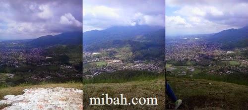 Lokasi landas dan pemandangan diatas paralayang malang