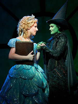 jeanna de waal as glinda and christine dwyer as