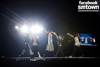 SHINee SMTown Live World Tour 3