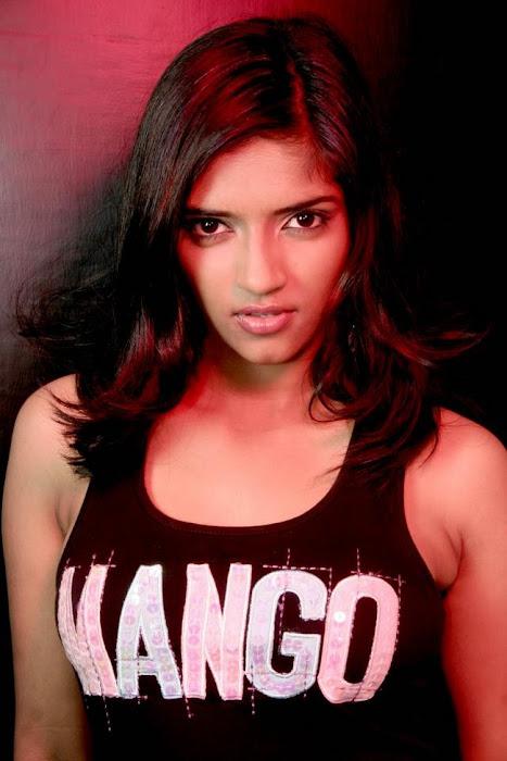 vasundara actress pics