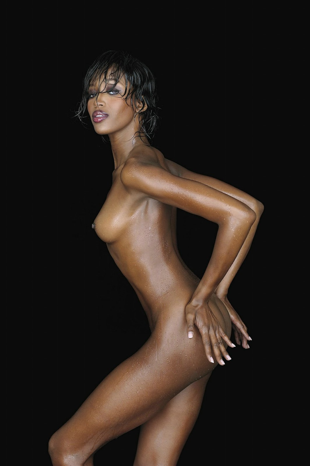 Look for naomi campbell nude fakes this